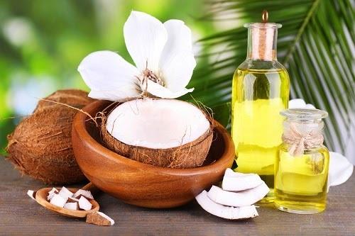cách trị viêm nang lông hiệu quả bằng dầu dừa
